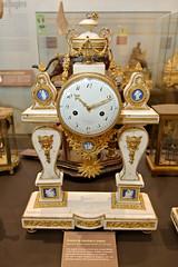 Pendule de cheminée à Jaspers (fin XVIIIe) (zigazou76) Tags: cheminée directoire horlogerie jasper molliena musée pendule saintnicolasdaliermont clock