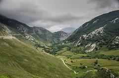 Picos de Europa (pelpis) Tags: mountains landscape greenn asturias spain scene naturescene places color flickr flickrnature