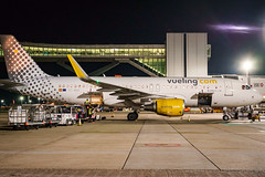 Fuji X-Pro1 - Airplane High ISO (Ozmanguday Pics) Tags: fujifilm highiso xpro1 35mm aircraft airport airbus airplanes airplane night lowlight vueling