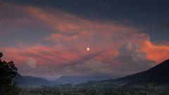 full moon (jan.scho) Tags: lila alpen mond vollmond bayern abendrot immenstadt wolken sonnenrot alpenpanorma