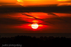 An Orange Weclome to the day (judethedude73) Tags: sun suneastbournesussexcoastphotography sunrise orange colour colors color sky skies