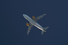 Airbus A319-112 (Reventon09) Tags: airbus a319112 vueling ecmgf italy contrails telescopespotting canon 70d 2400mm airplanes planespotting planespotters