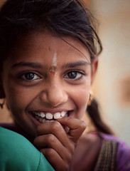 Portrait, India 2016 (MeriMena) Tags: smiles canon450d eyes merimena rajasthan face asia canon india portrates shy travel