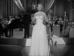 White (annacarvergay) Tags: namethatfilm dorisday eveningdress ntf vintagefashion michaelcurtiz ntf:guessedby=rattlingdjs miloanderson