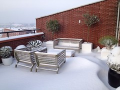 Sneeuwfoto dakterras Leidschenveen (omroepwest) Tags: sneeuw januari 2013 omroepwest