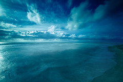 Endless (Fabio Sabatini) Tags: longexposure blue sea clouds canon apocalypse wideangle 1022mm f35 bech torvaianica ndfilter neutraldensity prostop10