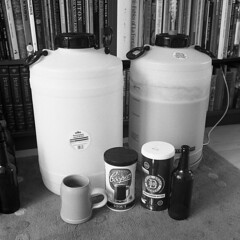 Only three units, mind. (Fray Bentos) Tags: beer homebrewing hic beerkits beerselfsufficiency boozingcheaply