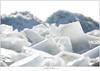 Kuiend ijs (5D043581) (nandOOnline) Tags: winter berg nederland natuur vuurtoren marken landschap noordholland ijselmeer ijs vorst markermeer vriezen ijsschotsen kruiendijs dooien paardvanmarken
