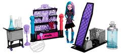 Toy Fair 2013 Mattel Monster High Create-A-Monster Color-Me-Creepy Chamber (IdleHandsBlog) Tags: toys dolls horror mattel collectibles monsterhigh toyfair2013