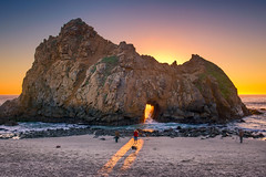 Pfeiffer Beach Big Sur (mojo2u) Tags: california sunset arch bigsur montereycounty pfeifferbeach pfeifferstatepark nikon2470mm keyholerock nikond800 goldengaterock