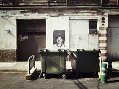 "48/365 ""Clown's nose"" -  2 Lus Vives St. - Castelln - Spain [Explore]+[Flickr's Blog] (unoforever) Tags: door face nose puerta clown cara selection explore larry es payaso nariz castelln project365 2013 spnc sanxo morasio unoforever"