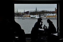romantic view (payorivero) Tags: winter window silhouette table couple sweden stockholm invierno estocolmo suecia suec