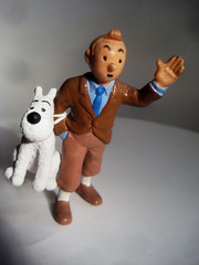 Tintin with Snowy 4276 (Brechtbug) Tags: from sculpture dog film statue by comics movie french toy toys tin comic belgium action snowy character coat cartoon running run plastic trench strip captain figure tintin adventures haddock herge the 2013