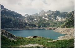 le lac(Artificiel) D'Artouste(Pyrnes atlantique) (luka116) Tags: france berg montagne montana eau lac relief paysage montagna moutain pyrnes montagnes sommet eaux artouste