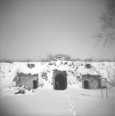 Snow (Valt3r Rav3ra - DEVOted!) Tags: blackandwhite bw snow 120 6x6 film holga lomo lomography neve biancoenero alessandria ilfordfp4 analogico medioformato valt3r valterravera cittadelladialessandria