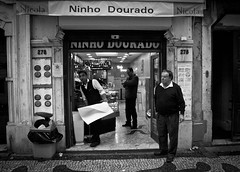 The Golden Nest (FelixPagaimo) Tags: street old boy people man men portugal caf shop work photography golden nest ninho felix lisboa lisbon working dourado baixa coffe rossio pagaimo