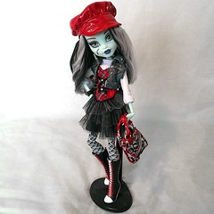 Frankie's a Brat (princesst3a) Tags: party monster high doll frankie custom stein mattel bratz scaris