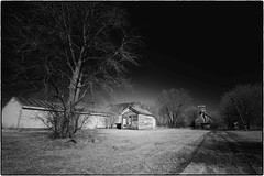 Illinois (Images by Walter Lesus) Tags: blackandwhite barn photo illinois farm farmland blackwhitephotos oncewashome