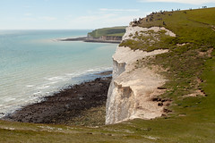 Seven Sisters walk   July 2016-35 (Paul Dykes) Tags: southdowns southdownsway southcoast coast cliffs sea shore coastal englishchannel sussex england uk seaside sun sunnyday chalk downs hills countryside