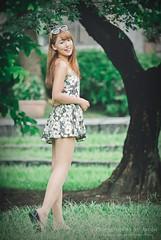 jaylin-0287 ( Jaylin) Tags: school portrait girl hat rain studio outside glasses model women university longhair taiwan straw olympus oldhouse dresses taipei mirco turf omd   jaylin m43   40150mm mzd  jelin      linjay