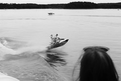 (Flavio Calcagnini) Tags: finland finlandia sea mare moto dacqua salto jump watercraft water ragazzi coppia street photography black white flavio calcagnini
