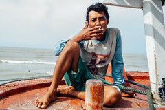 Smoking Fisherman, Bancar Indonesia (AdamCohn) Tags: adamcohn indonesia tuban tubanregency boat fishing fishingboat kapal kapalnelayan ship shipsboats wwwadamcohncom bancar
