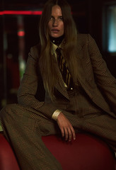 Cate Underwood 2 (drno_manchuria (simonsaw)) Tags: cateunderwood model modelo moda fashion suit tie necktie shirt traje camisa corbata gravata cravata krawatta terno menswear tomboy nudo knot encorbatada trajeada women girl chick