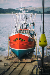 Crinan Boatyard (ShrubMonkey (Julian Heritage)) Tags: primrose cy233 boat fishingboat boatyard stocks crinan argyll scotland nautical working hull bow sonyalpha a7