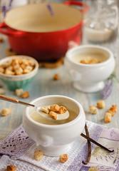 IMG_9833_exp-2 (Helena / Rico sin Azcar) Tags: sopa crema soup coliflor cauliflower vanilla vainilla nata cream