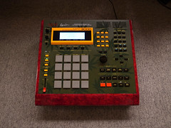 _0040411 (ghostinmpc) Tags: mpc3000 akai ghostinmpc sampler drummachine