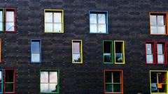Colores (Miradortigre) Tags: italia italy siena architecture window ventana colores colors architekture modern moderna contemporary contemporanea