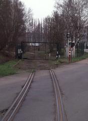 Ruien, aansluiting centrale (Ahrend01) Tags: centrale spoorwegovergang ruien aanlsuiting