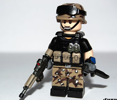 Desert Ops (-Juzu-) Tags: lego warhammer40k customlego brickarms legomilitary legofig customlegosoldier custombrickarms minifigcat cookiechipcamo customminifigcat
