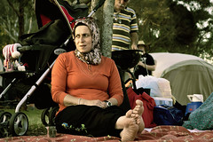 Sydney, New Years Eve (forayinto35mm) Tags: woman feet picnic muslim islam headscarf sydney newyearseve islamic a77 carlzeiss womansitting sonyalpha sonya77 muslimwomansitting