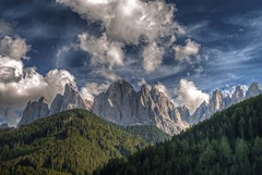 geisler hdr 1 F (BAUWENS RENE) Tags: italy clouds landscape wolken nuages hdr trentino dolomiti altoadige dolomiten geisler sudtirol valdifunes odle villnos