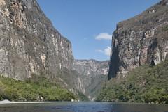 Canyon del Sumidero - Lo Scudo (Hernesto77) Tags: del mexico lo canyon sumidero scudo