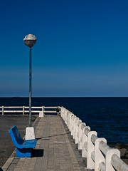In memorian (Kepa_photo) Tags: art beach horizontal azul digital raw barco arte playa olympus biz zuri bizkaia zuiko horizonte 43 kepa cantbrico abstraccin transformacin inmemorian renovacin transformaciones desenectute olympuse3 elramo digital43 kepaphoto kepaargazkiak