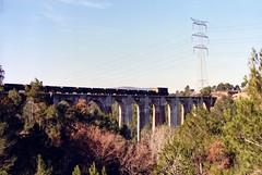 Entre Manresa y Callús 26.11.1990 (The STB) Tags: la 700 1000 fgc cgfc alsthom ferrocarrilscatalans ferrocarrilescatalanes llobregatanoia joncadella