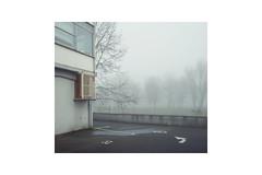Corner (Ben_Patio) Tags: public fog 6x7 lewes ipernity benpatio sigmadp1