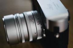 Leica Summilux-M 50mm f/1.4 ASPH. (garygraphy) Tags: leica 35mm 50mm king fuji bokeh f14 summicron chrome fujifilm summilux asph xe1 preasph m9p