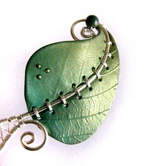 Chlorophyll, the pendant 4 (Alkhymeia) Tags: original verde green art nature leaves metal stone foglie work wrapping liberty necklace beads leaf wire artistic handmade spirals unique ooak inspired deep jewelry bijoux pasta jewellery polymerclay fimo fairy creation fantasy clay wicked bead wired sculpey handcrafted foglia unusual blatt pendant enchanted whimsical jewel spirale artesania wiccan cernit elvish polymer colgante wirework anello neckpiece pendente premo collana bijouterie wirewrapped artigianato silverplated ciondolo halskette artigianale gioiello spirali bizuteria sintetica polimerica bigiotteria alkhymeia alkhy
