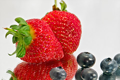 Berry Nice to Eat! (Pixies and Pixels) Tags: blue red reflection fruit mirror leaf strawberry berry strawberries seeds blueberry stalk blueberries