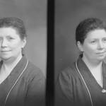 PEM-CHA-N00742 Portrett av kvinne thumbnail