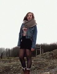Stoer (BorgersA) Tags: halle ka sjaal serieus jeansjasje