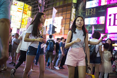 Summer night () Tags: street stranger people candid leica mp leicamp m240p leicam240p m240 city publicspace walking offfinder road travelling trip travel 35mm    streetphotography asia girls girl woman  causewaybay hongkong hongkongisland voigtlander voigtlander35mmf12 voigtlandernokton3512 f12 wideopen