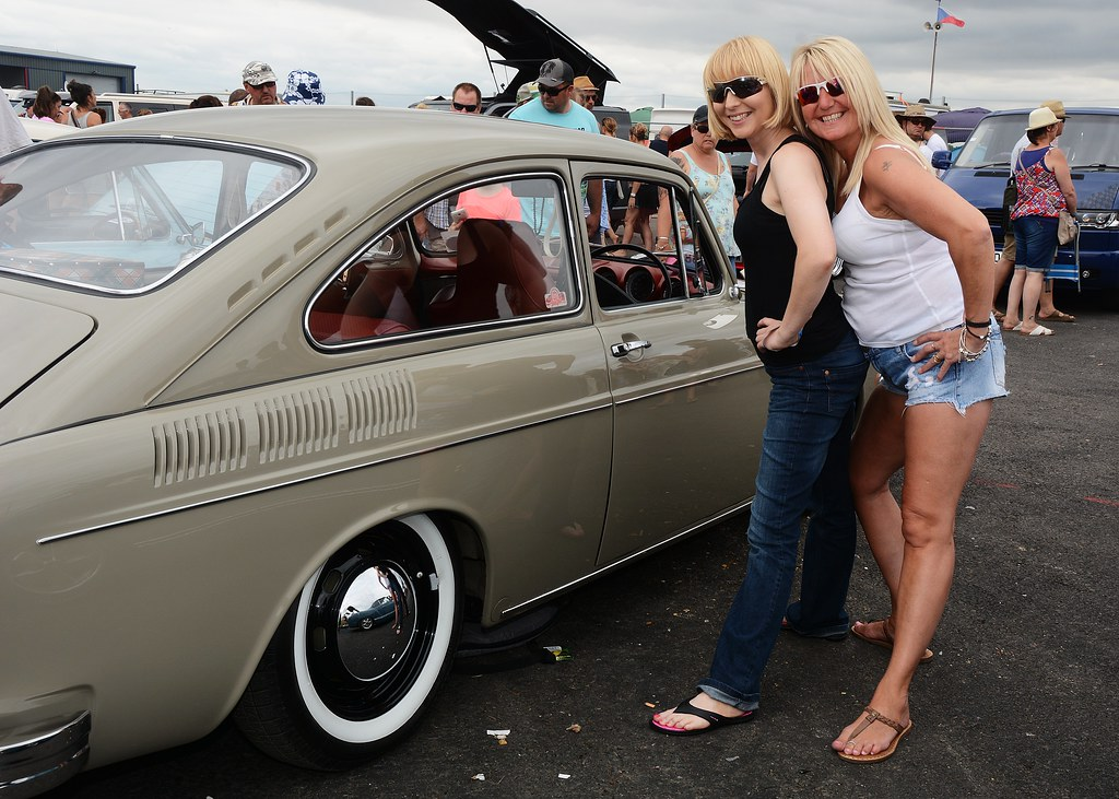 The Worlds Best Photos of girls and vw - Flickr Hive Mind