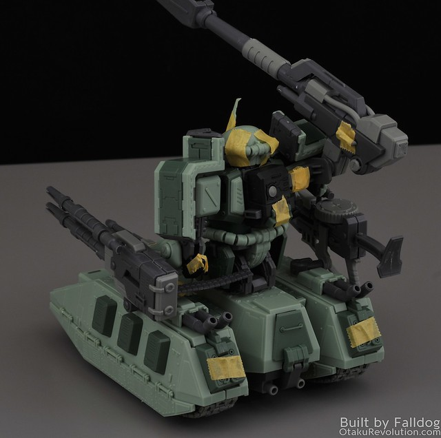 Motor King - 1-100 Zaku Tank Review 7 by Judson Weinsheimer