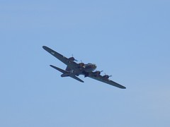 B-17 Flying Fortress 'Sally B' (Kylie Stevens) Tags: avgeeks airbourne13august2016 airshow eastbourne eastbourneairshow ebairshow airbourne ww2 worldwar2 worldwartwo bomber airforce usaf usafe unitedstatesairforce europe boeing b17 flyingfortress sallyb