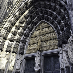 Felix Caeli Porta (Lawrence OP) Tags: cologne cathedral blessedvirginmary ourlady apostles door portal entrance statues sculpture saints salvation