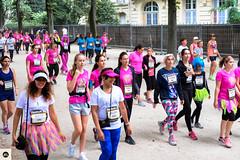 23lap2016 (photo & life) Tags: paris france europe colors photography photolife jfl women girls running parisienne 2016 laparisienne2016 carnaval fujifilm fujinon fujifilmxpro2 fujinonxf35mmf2rwr xpro2 ville city street streetphotography humanistphotography